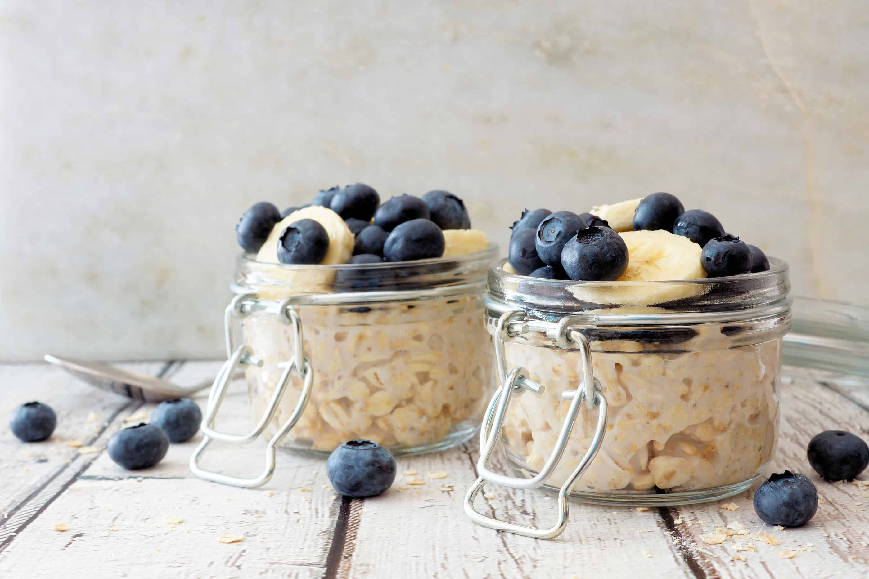blueberry-on-overnight-oats